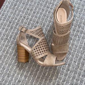 Shoe Dazzle Heeled Sandals